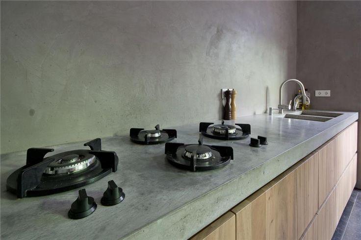 Pitt-Cooking is DE kookplaat voor een landelijke keuken. Je kan deze unit in allerlei vormen en maten krijgen