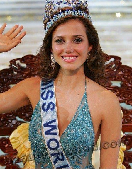 Maria Julia Mantilla Garcia winner of Miss World 2004 photo