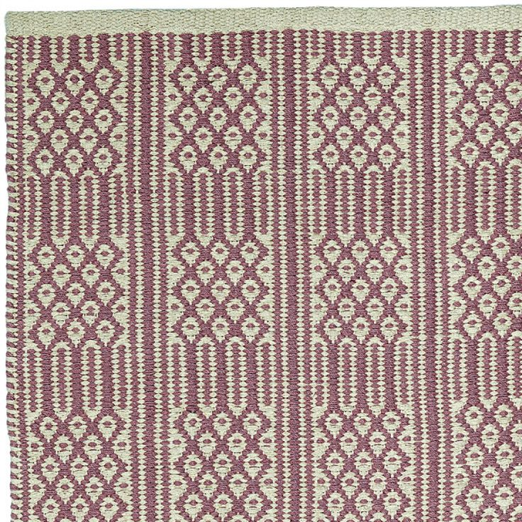 BASEL in MAUVE/ECRU is made of 100% cotton. Perfect for indoor. Available in 55x120cm   70x200cm   140x200cm   200x300cm