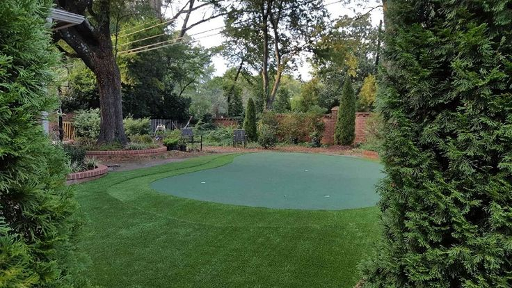 Do It Yourself Putting Greens (With images) | Backyard ...