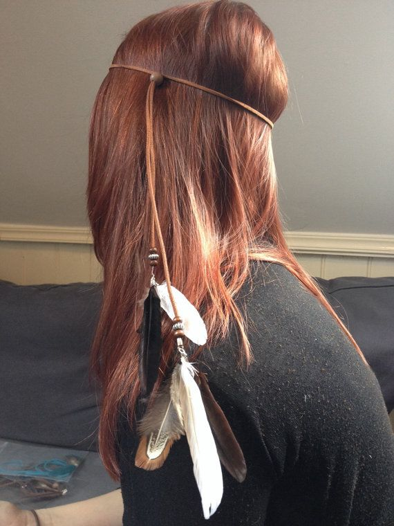 Bohemian suede headband brown with peacock feathers door MadeByLeave