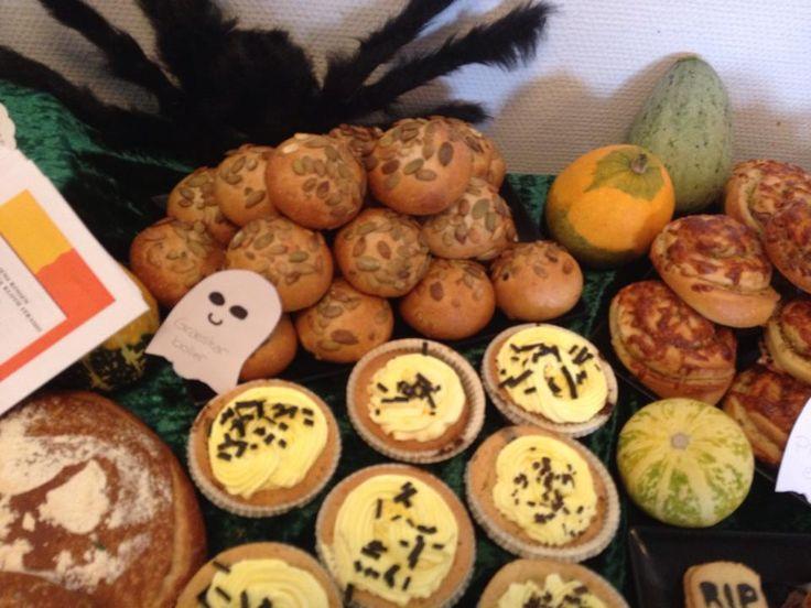 Græskarboller, pizzasnegle og cupcakes fra midtvejsprojekt