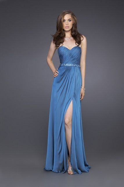 http://www.cum-ne-imbracam.ro/recomandari-rochii-de-seara-perfecte-pentru-evenimente/