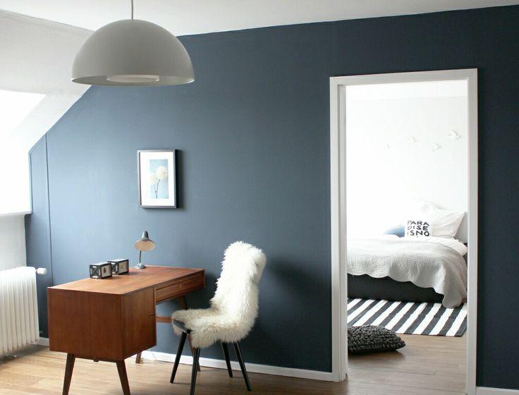Accent bedroom walls