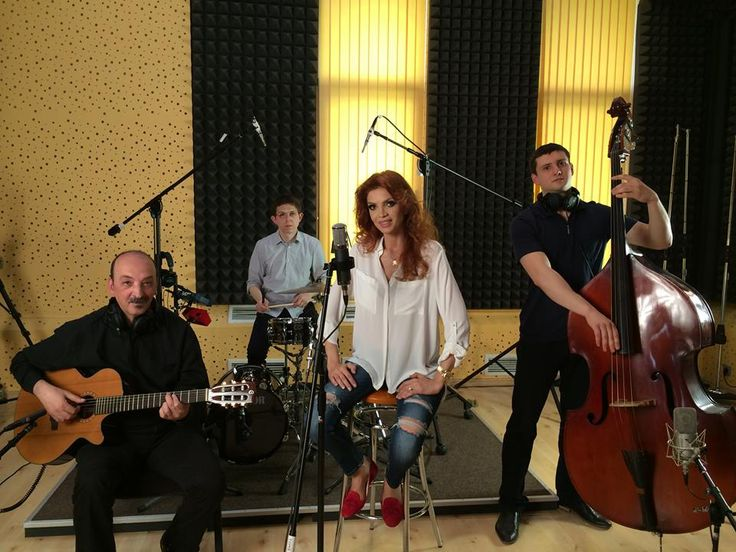 With Capriel Dedeian, Virlan Ion and Cristina Spatar at Ines Studios.