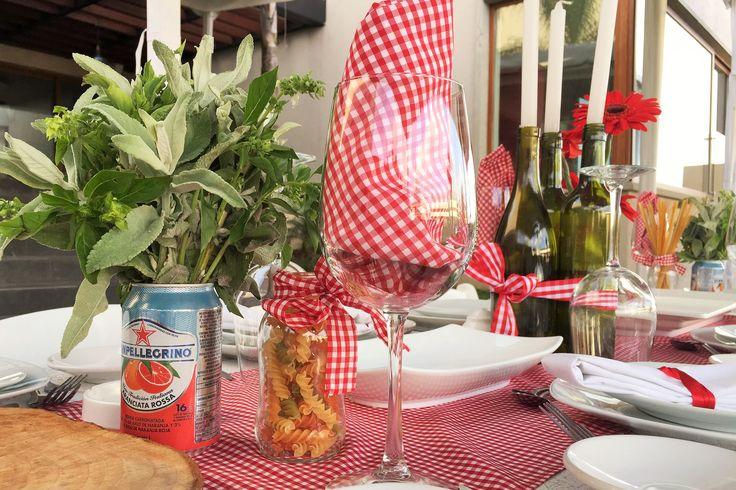 italian party, pasta, table decor, fiesta italiana organizada por M.E. Catering by MauricioEggleton
