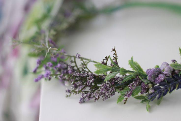 Lavender Love 💜 Buy here: https://www.etsy.com/no-en/listing/518579966/lavender-sitter-romperflower-crown-set