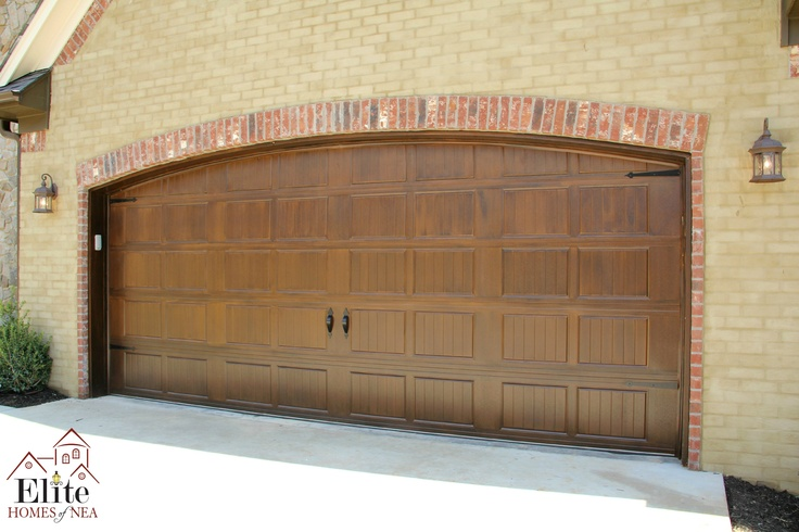 Garage door painted to look like wood fabulous facades for Paint garage door to look like wood