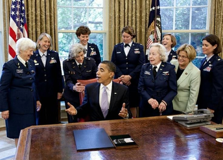 President Barack Obama with WW2 Women Pilots