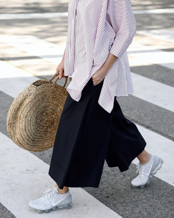 wide leg cut off trousers, round raffia bag, over-sized shirt