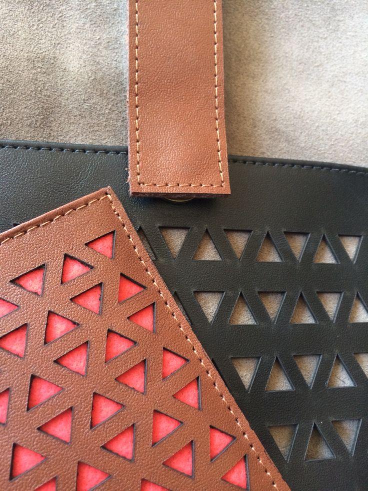* Accesorios de cuero / Porta tablet, tarjetero  * Leather Accessories / Tablet case, card holder