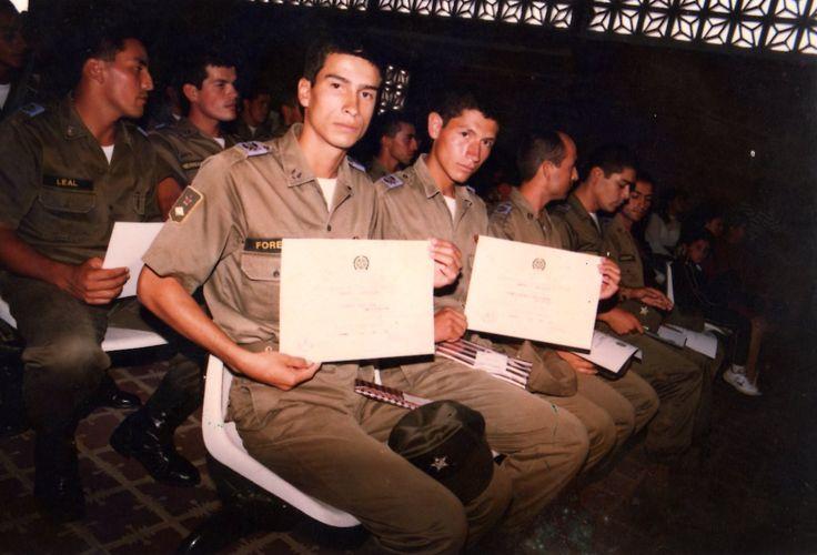 Granaderos Escuela de Policía Gabriel González