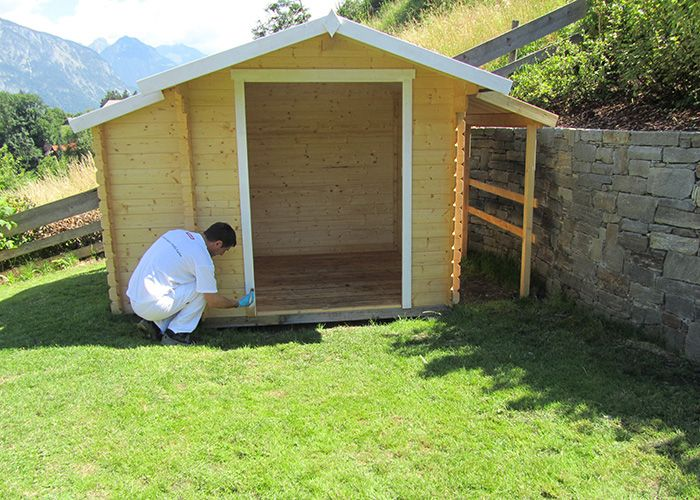 ADLER-Gartenhaus-Grundbeschichtung
