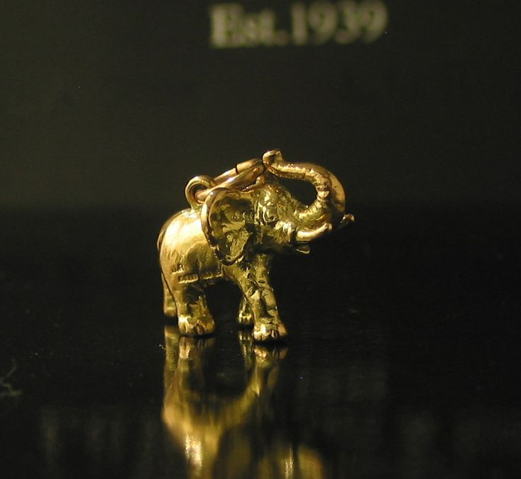 Fantastic Solid Large 9ct Yellow Gold Elephant Charm made in Birmingham 1964 - $345-