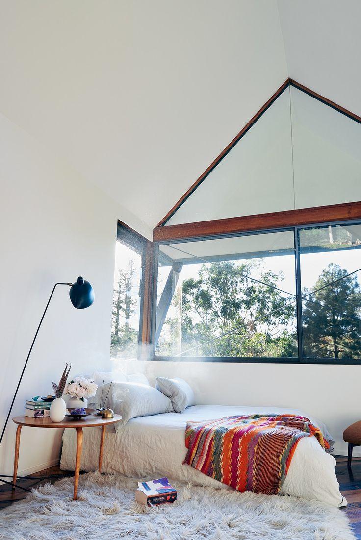 A Look at Amanda Chantal Baconu0027s Home