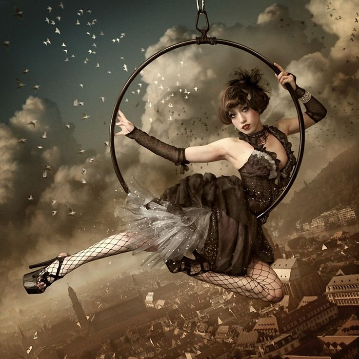 i think even though aerialist have been a standby of old circus the new styling of the art for dark circus makes it a keeper. the audience is without exception mezmerized Kiyo Murakami 1976 | Japanese fine art Photographer