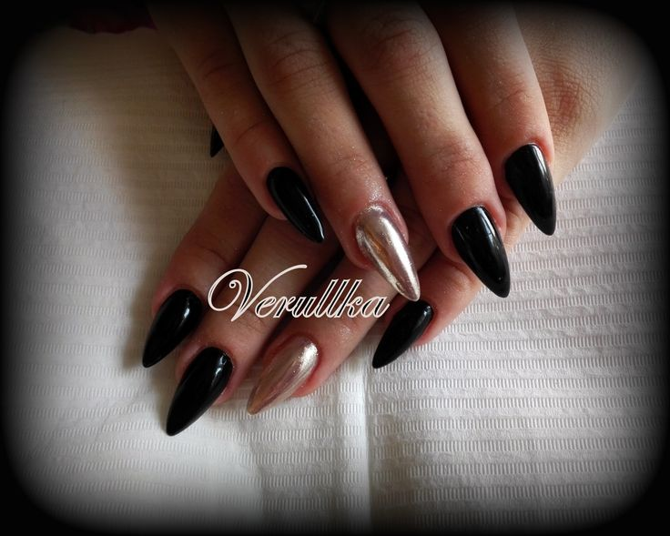 Black gel nails with mirror pigments