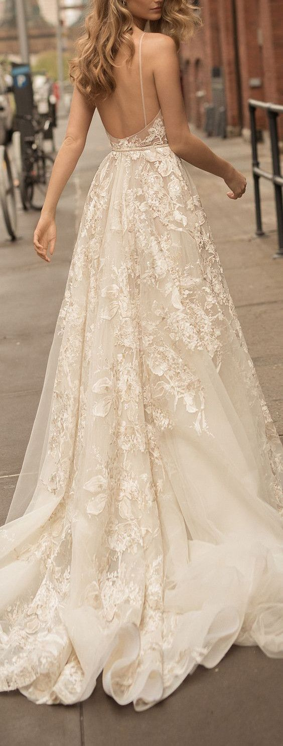 New Arrival Wedding Gown,Lace Backless Sexy Wedding Dress,Appliques Bridal Dress,Sleeveless Bridal Dress