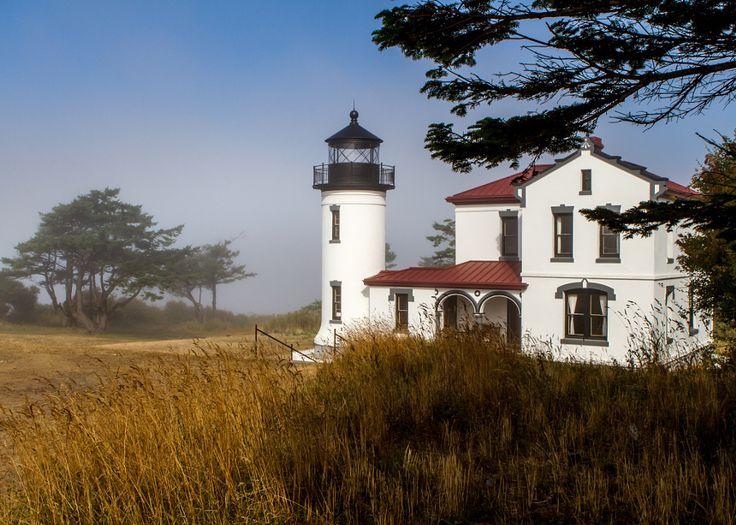 ***Admiralty Head lighthouse (Whidbey Island, Washington) by Linda Enkema / 500px