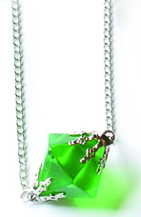 Smallville Lana Lang Green Kryptonite Necklace Replica Prop