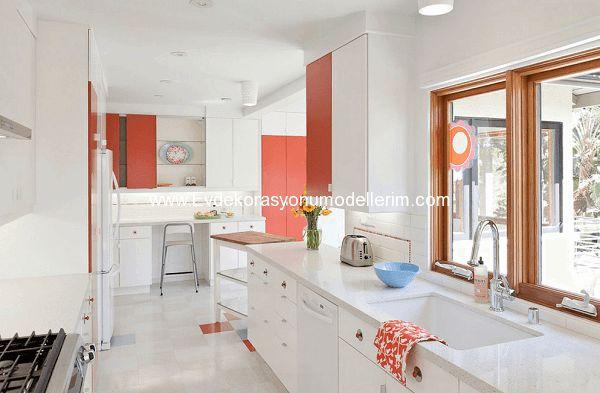 Beyaz Mutfak Dolapları ve Dekorasyonu
