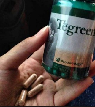 Suplemen TeGreen Pharmanex – Green Tea Non Caffein 120 Caps – Whitening/Flek wajah/KeputihanTegreen mengandung antioksidan ekstrak katekin berkonsentrasi tinggi yang ditemukan secara alamiah pada teh hijau, bermanfaat untuk mendukung kesehatan sel dalam jangka panjang.Kandungan :Ekstrak daun teh hijau (20:1) (camellia sinensis) 250mg1 capsul TeGreen sama kandungannya dengan mengkonsumsi 7 Cup Green Tea tanpa Caffein.Pemakaian :Semua orang dewasa yang peduli te