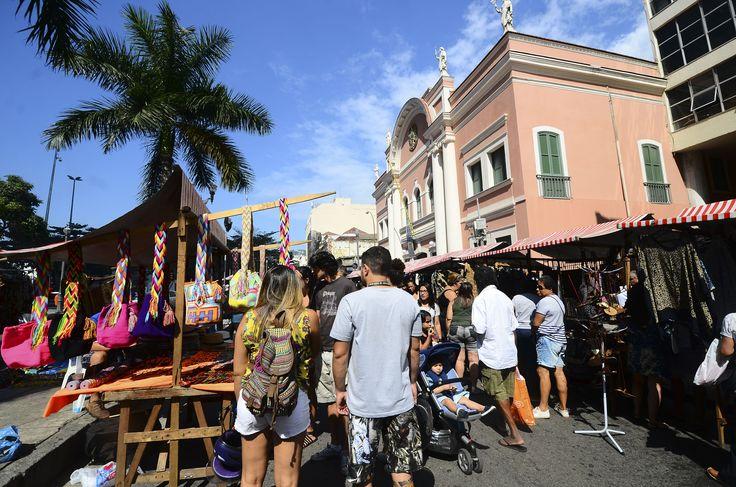 Em ritmo de Natal, a Rua do Lavradio é ocupada pela Feira do Rio Antigo em duas datas em dezembro, dias 5 e 19