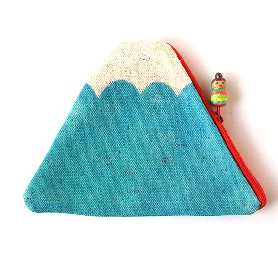 Mt. Fuji pouch with a little Hello Sandwich going up and down Mt. Fuji | HELLO SANDWICH