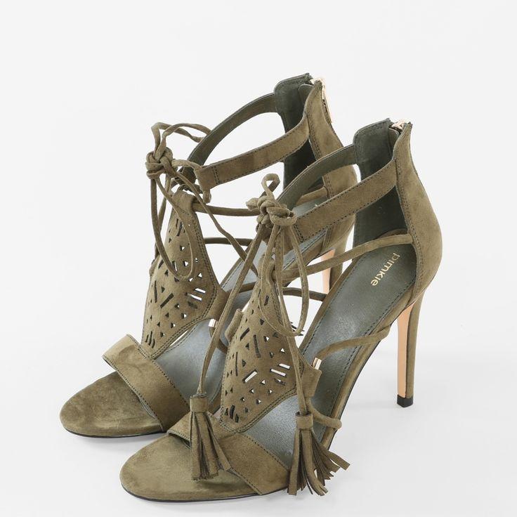 http://www.pimkie.fr/accessoires-femme/chaussures/sandales-a-talons/C38A05/p188290.html