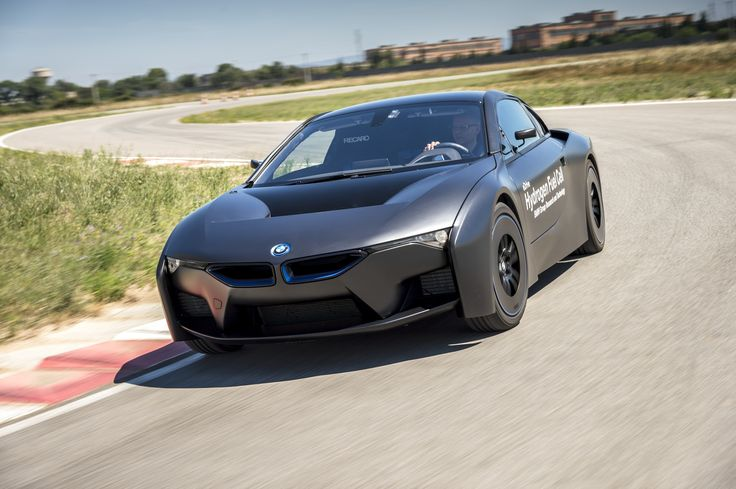 BMW shows off first hydrogen fuel cell cars: Crazy i8 prototype, 5 Series GT | Ars Technica
