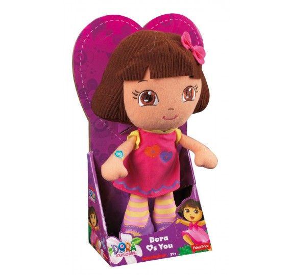 L'adorabile Dora è un peluche stilizzato perfetto da coccolare che rappresenta l'amica perfetta per ogni avventura