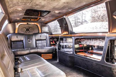 Luxury Interiors make for a comfortable ride.  #limo #banff #limousine #interior #luxury #exoticcars