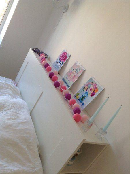 Отличная идея 2 в 1! Гирлянда тайские фонарики как ночник и декор изголовья кровати.