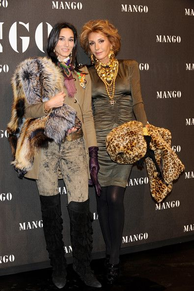 Nati Abascal Photos - Patricia Medina Abascal (L) and Nati Abascal (R) attend Mango New Collection launch party at La Caja Magica on November 11, 2009 in Madrid, Spain. - Scarlett Johansson Attends 'Mango New Collection Launch Party' in Madrid