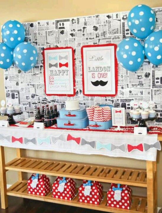 I love the old news paper for place mats or napkins or decor. Also like the solid and polka dot balloons