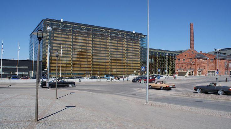 Sibeliustalo on saanut kehuja arkkitehtuuristaan jopa ulkomailta.