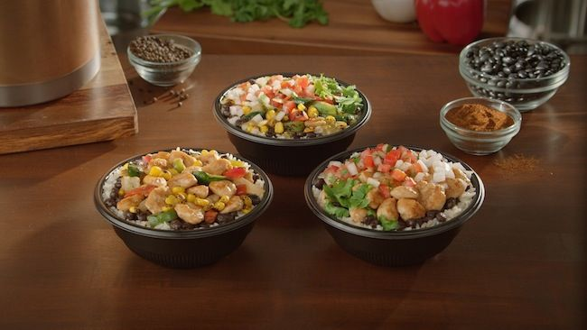 Del Taco Fresca Bowls from 450 - 530 calories and only $4! Plus enter my $20 gift card giveaway #FrescaBowls #DelTaco