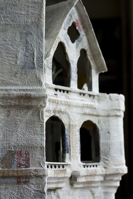 papier maché castle #paper_mache #cardboard #diy #craft #building #house
