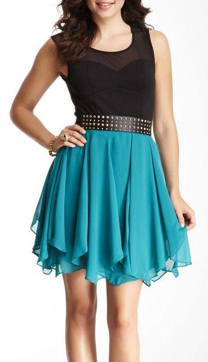 GUESS Yoke Sweetheart Dress