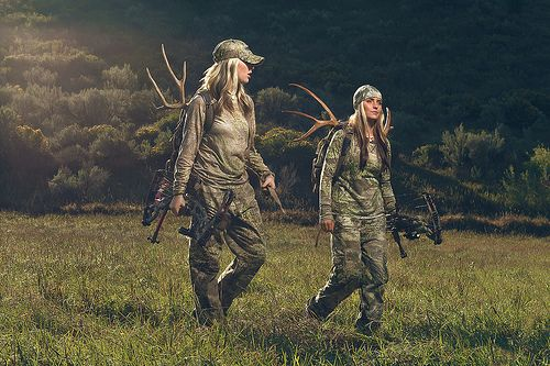 Bow Hunting Women | HuntDrop I NEED A GIRL FRIEND LIKE THIS! NOW THATS A GIRL'S NIGHT OUT!!!