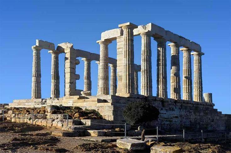 Εισβολή τουριστών στον ναό του Ποσειδώνα, ενώ ήταν κλειστός, από... τρύπα στον φράχτη! : aek365