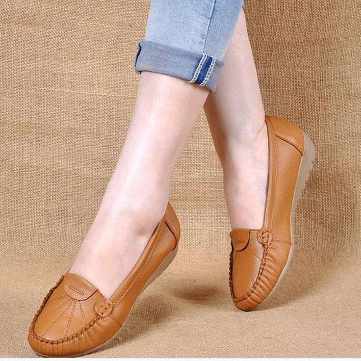38.80$  Watch now - http://aliwqt.shopchina.info/1/go.php?t=32808440621 - Soft bottom comfortable non-slip ladies Flats middle-aged mother shoes round head flat with flat women's shoes obuv   #buyonlinewebsite