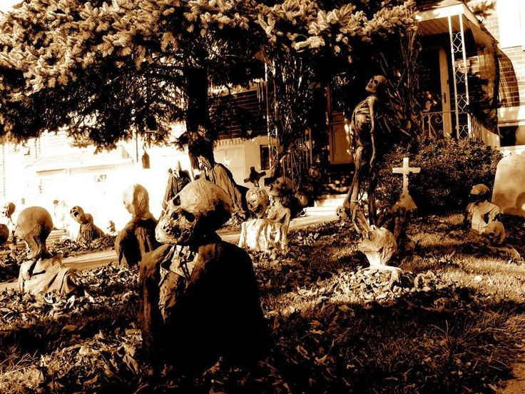 halloween yard decorations awesome front yard halloween decor - Haunted Halloween Decorations