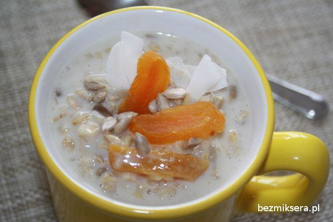 owsianka kokosowa - lubię na śniadanie :-)