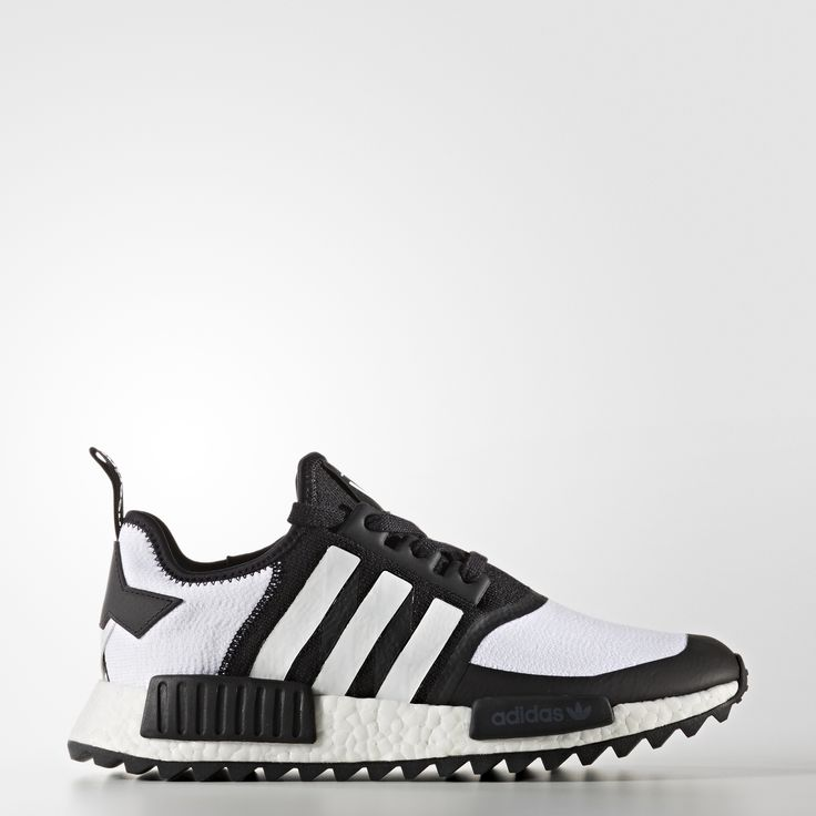 Japanese label White Mountaineering brings its progressive point of view to the urban NMD aesthetic. Inspired by hiking boots, these shoes feature ultra-comfy adidas Primeknit for a sock-like fit and a boost™ midsole that energises with every step. Finished with welded overlays and 3-Stripes.