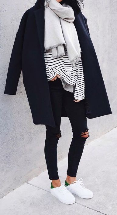 Spot on my style! Black, neutrals, casual, jeans, layers, scarf ❤️❤️❤️