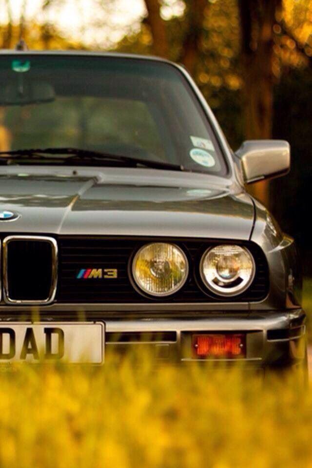 BMW E30 M3 grau