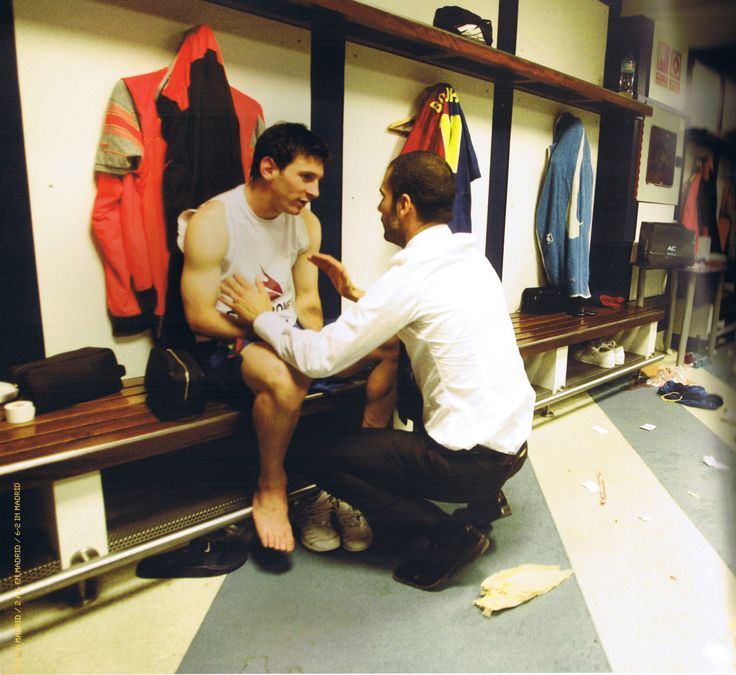 Master (Guardiola) and pupil (Messi) after the Real Madrid 2 - 6 FC Barcelona. Scanned from Barça: Our Best Year Ever.