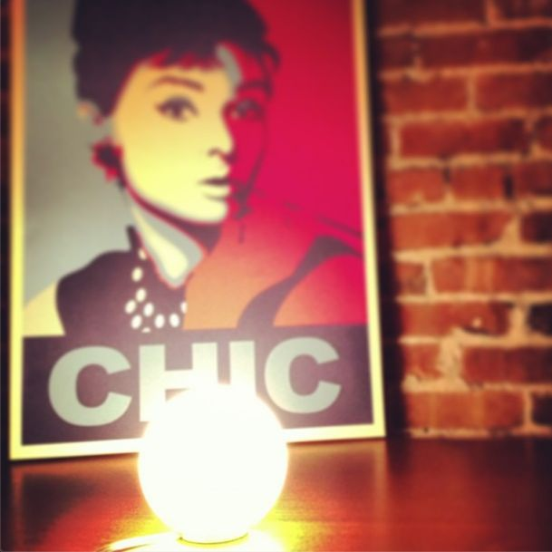 Here Audrey Hepburn and the little #Dioscuri 14 table lamp! So chic !