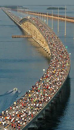OH. MYGOSH. SEVEN MILE BRIDGE MARATHON, Florida Keys. someday @Sarah Bolles and I will do this together.